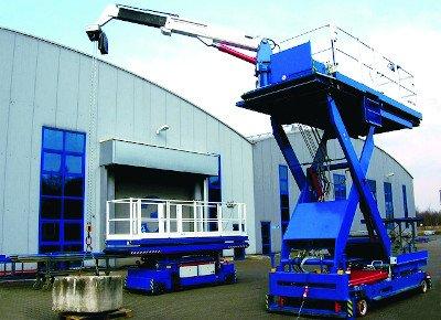 Work platform with movement, advance and crane.