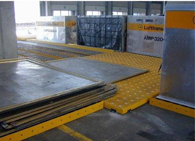 Platform with castor decks and rollers.